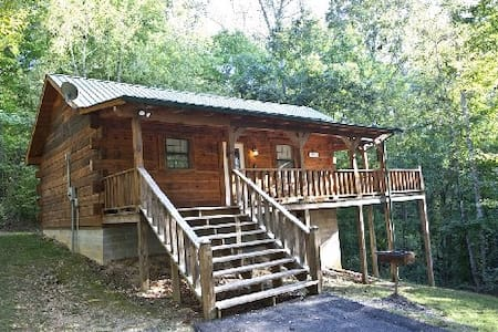 Tellico Cabins, Angler cabin with Hot Tub - Tellico Plains - Zomerhuis/Cottage