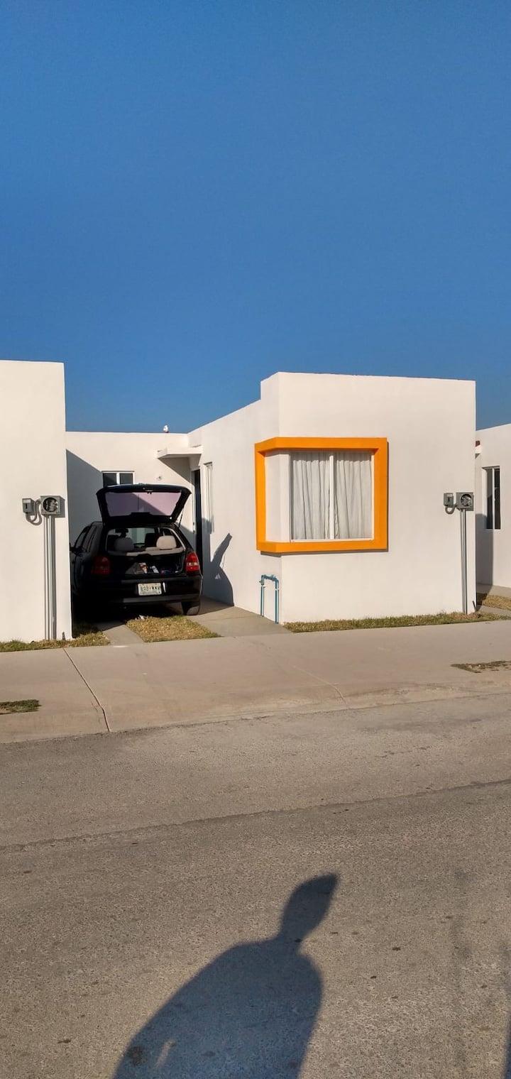 Pequeña casa sin muebles, Zumpango.