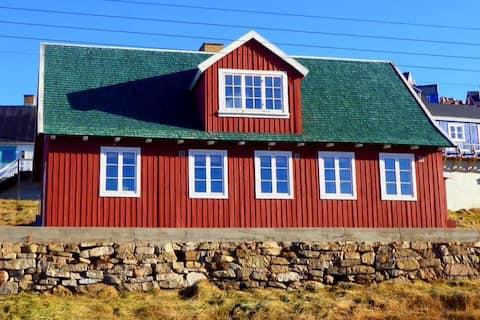 Upernavik Cafe, Bed & Breakfast