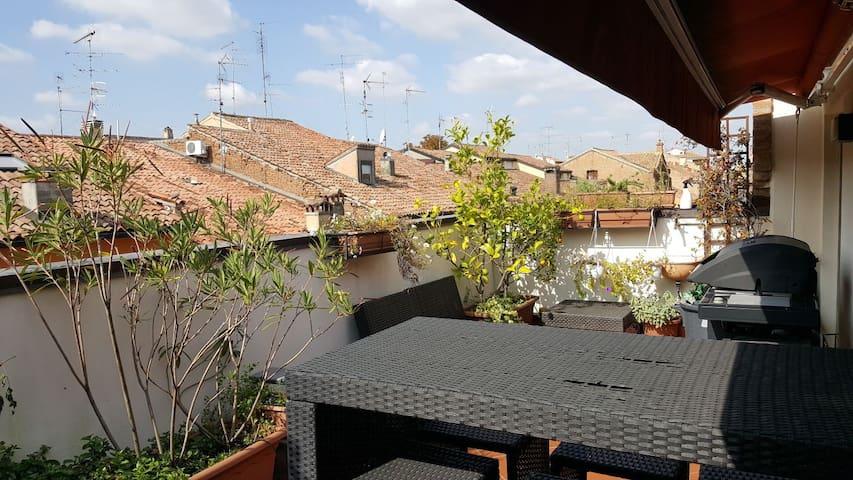 Appartamento in centro con terrazzo