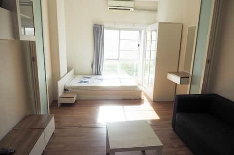 スヴァルナブミ空港近くの快適な客室