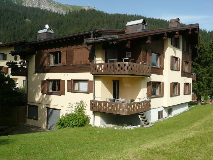 2½-kamer appartement met prachtig uitzicht.