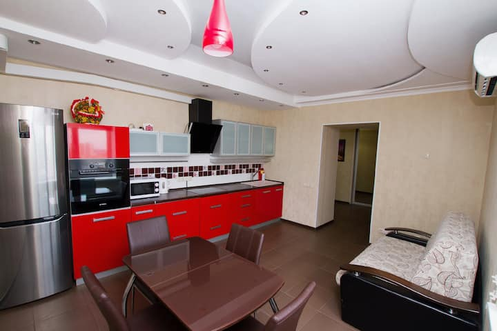 Saratov Lights Apartments RED на Пугачёва