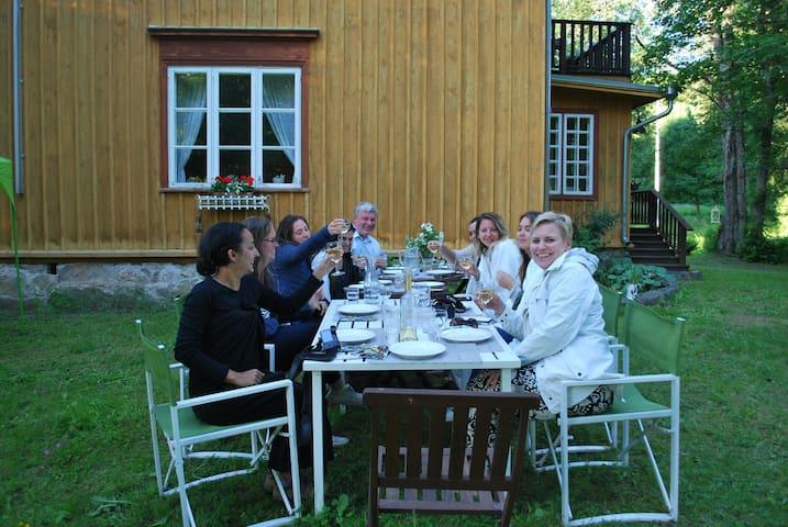 B&B Kirjakkalan Ruukkikylä 2hh kylpyhuoneella - Salo - Natuur/eco-lodge