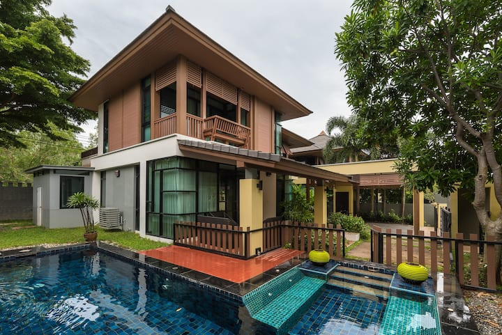 3-BD Private Villa w/ pool V99 Pattaya