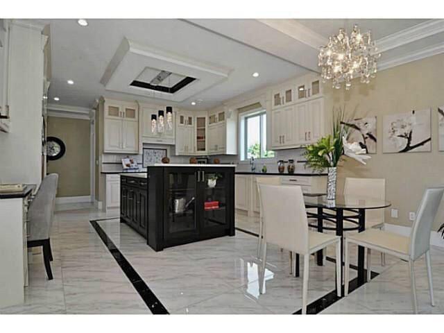Luxury new house - White Rock - Ev