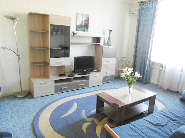 2Rooms standart Apt on Soborniy 153
