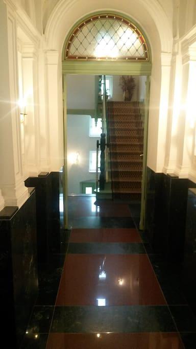 Eingangsbereich, Treppenhaus