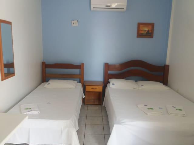 Hotel Aerovip - Várzea Grande - Szoba reggelivel