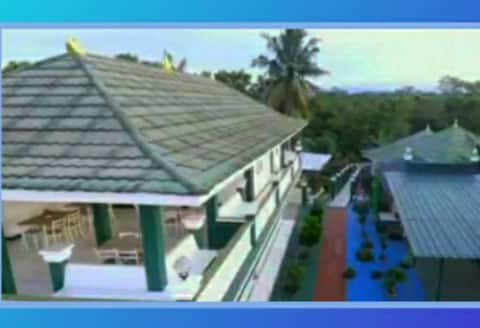 Eco Rooftop Villa - Serene & Clean Destination