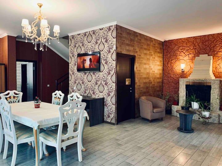 Очаровательный дом для семейного отдыха, банкетов
