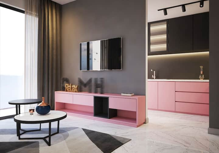 Pinky HIGHCLASS Apt # Stylist by FAMOUS Designer