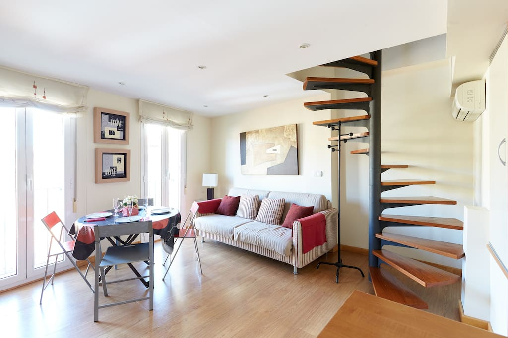 Elegante duplex en casco historico apartamentos en alquiler en pamplona navarra espa a - Alquiler apartamento pamplona ...