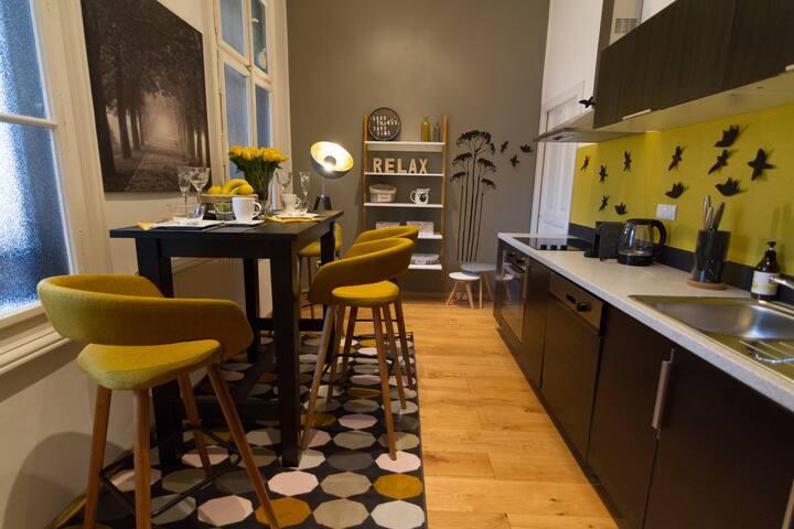 brand new kitchen with all appliances, nespresso machine