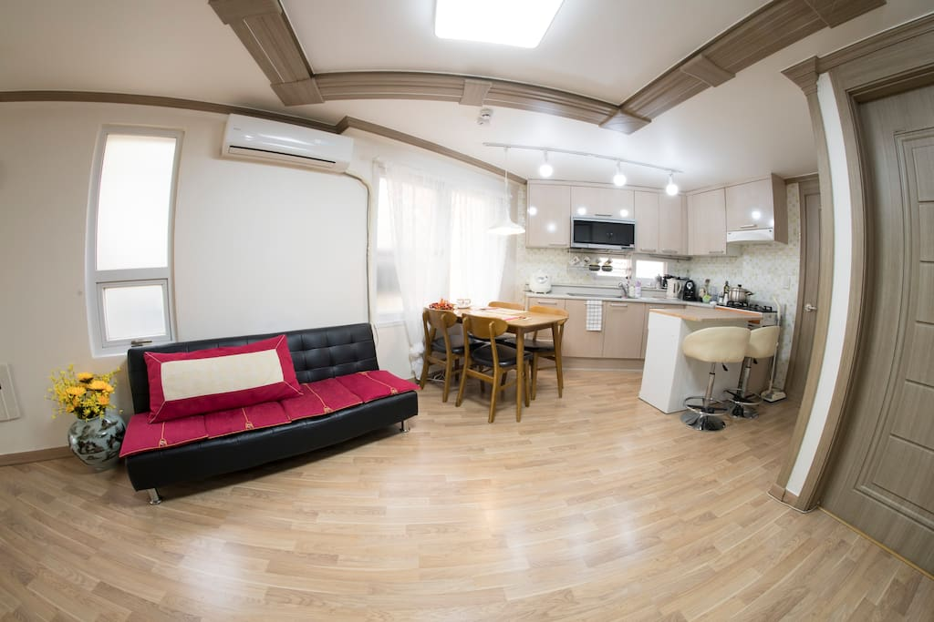 Living Room: From Different Point of View (Fish-eye View)