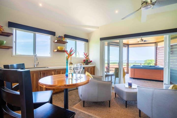 Oceanview villa, hot tub - Top Floor