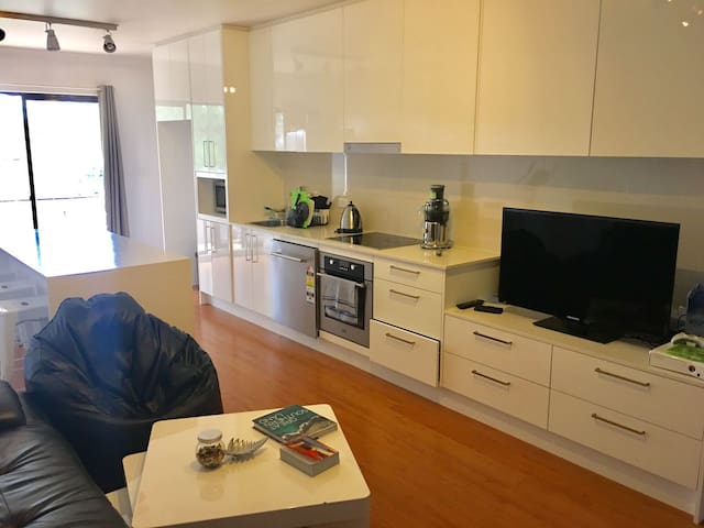 Room in a beautiful, 3 bedroom modern apartment!