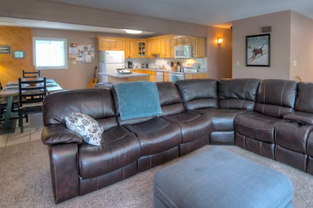 Ridge St. Retreat -3 BDRM - perfect for families!
