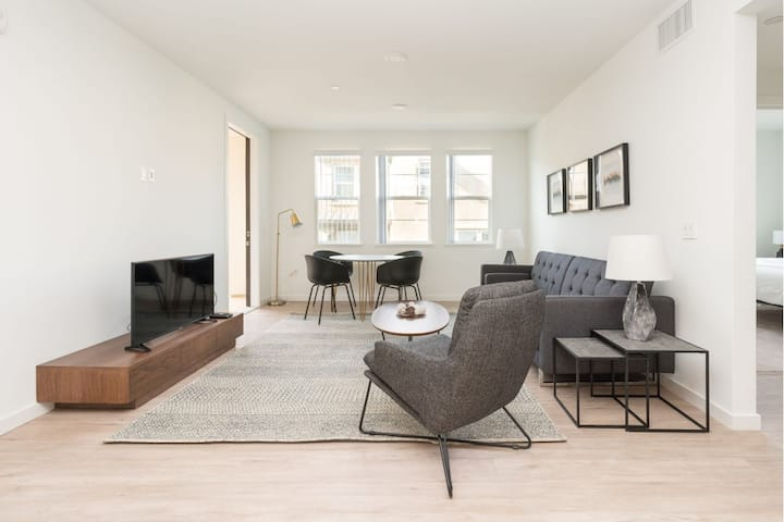 Exquisite 2A Livermore Apt with Luxury Setup!