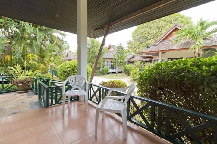 Cozy 2-bedroom House in the Center of Chaweng