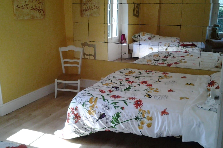 Chambre avec 2 lits de 120 et 140