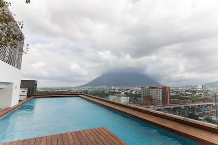 AMAZING APARTMENT NEARBY DOWNTOWN MONTERREY!! - Monterrey - Wohnung