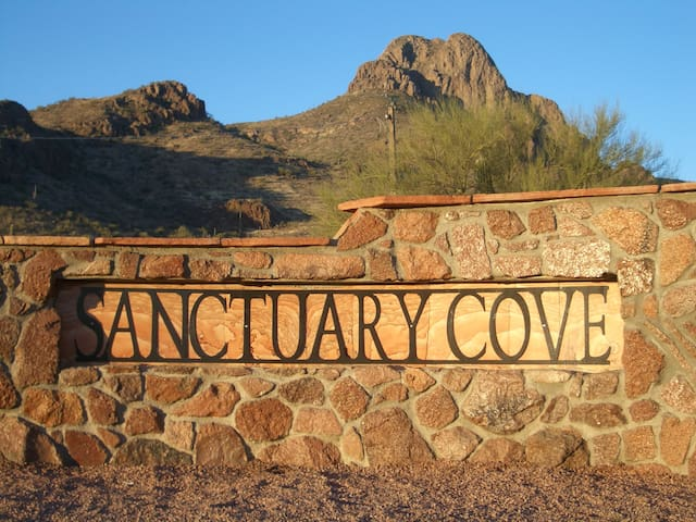 Sanctuary Cove Guest Cottage - Tucson - Hus