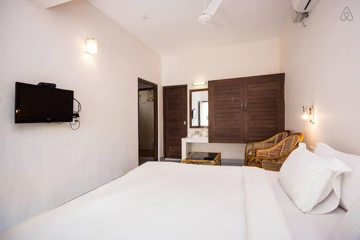 Deluxe Room by Lighthouse Beach
