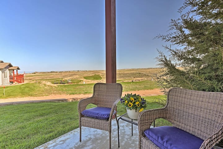 Condo w/Views of Lake McConaughy-Near Golf Course!