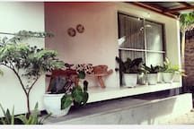 Simple house for a fun vacation. Welcome all backpackers and family