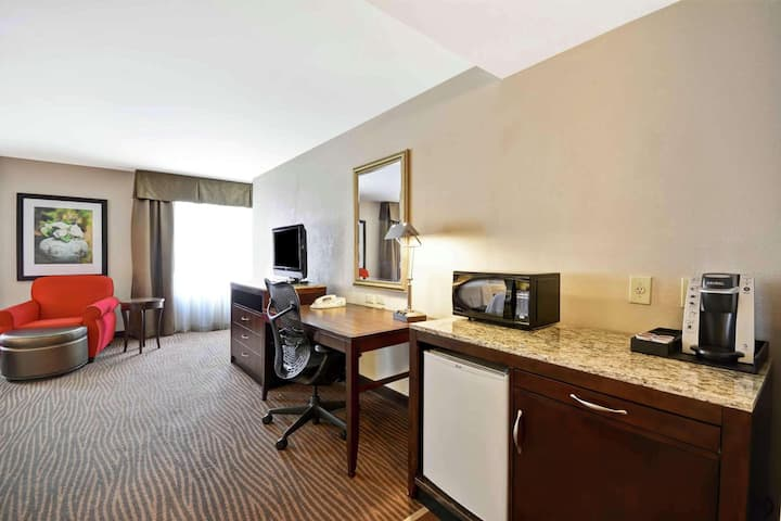 Bright Double Two Double Beds At Fort Myers