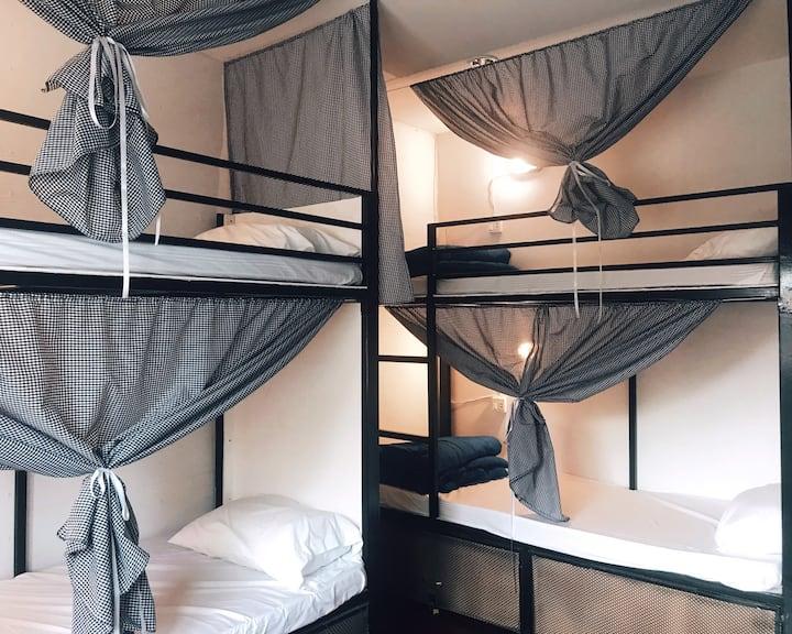 OPPA HOUSE Hostel