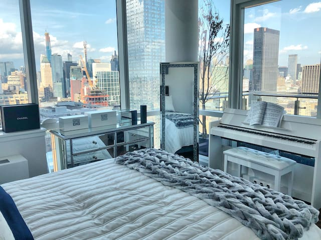 LUXURY APARTMENT BY HIGH LINE