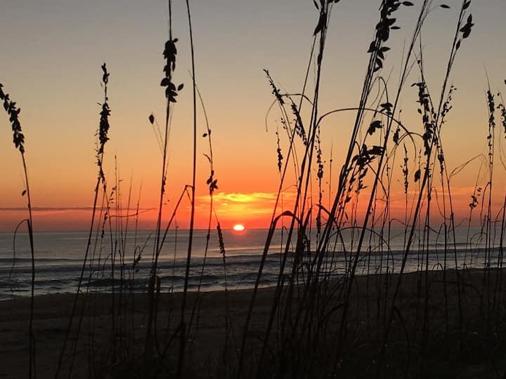 Bayfront at Sandbridge. Enjoy the sunrise & sunset
