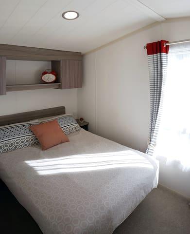 Stunningly situated six-berth caravan - Weymouth - Xalet
