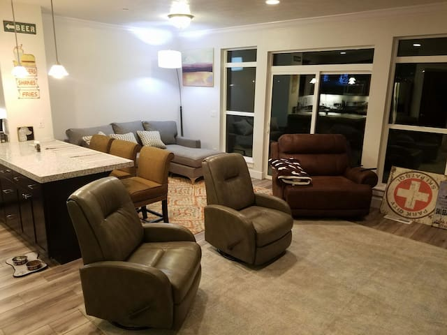 New townhome w/Tempurpedic matress! - Park City - Casa