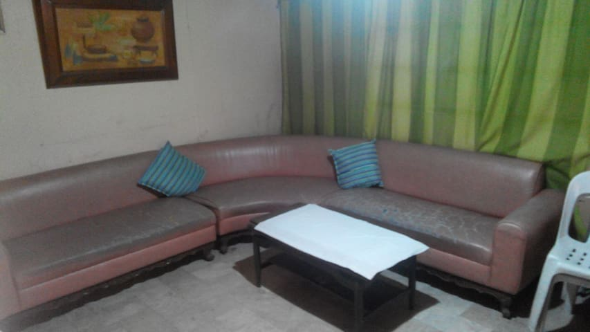 Sofa/Couch as bed Vegan Friendly - Bacoor - Casa