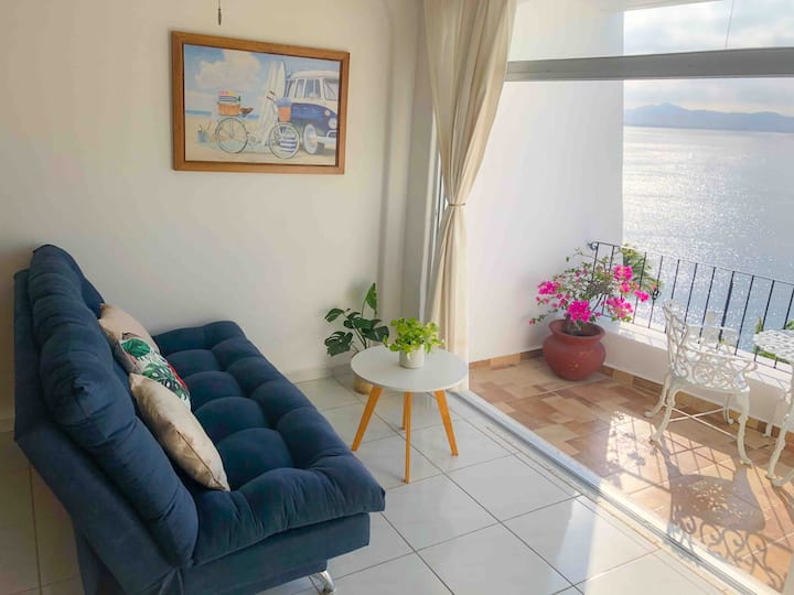 Bello Estudio con Vista al mar (4 Personas)