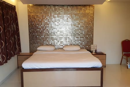 Luxury Suite Cottage In lonavala - Lonavala