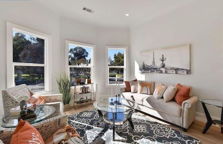 Oakland Luxury Residence - ⭐⭐⭐⭐⭐ Stay