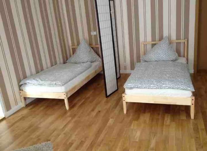 3- Bettzimmer / + Doppelzimmer /15€ pro Bett/Nacht