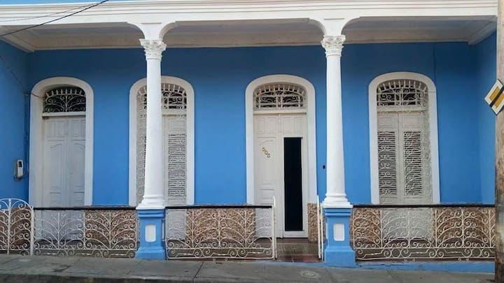 Hostal La Villa Azul