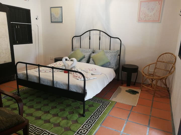 D Bambusa Heritage Room Frangipani  (1xQueen Bed)
