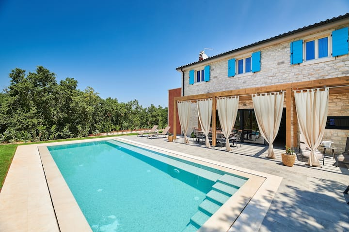 Casa Celeste, charming Villa with private pool