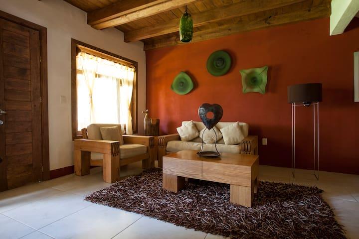 Acogedora y moderna cabaña. C11 - Mazamitla - Natuur/eco-lodge