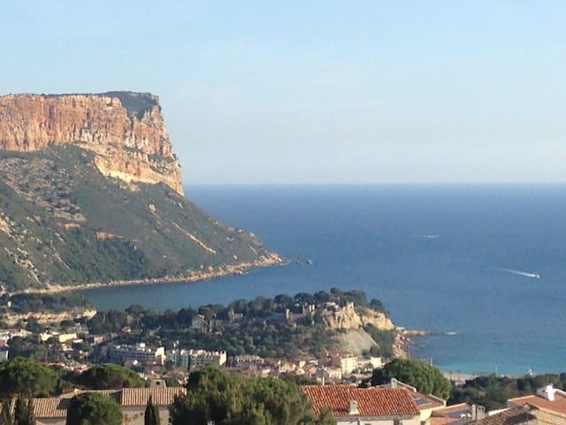 Studio Cassis - Vue panoramique mer