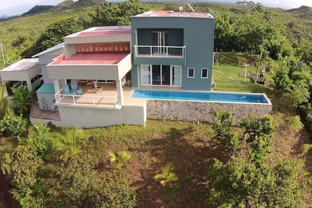 Stunning Ocean View Pool Property - Panama City - บ้าน