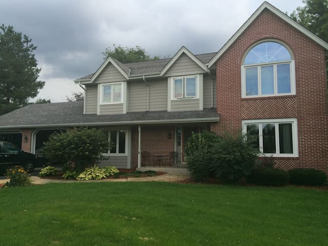 Lake Country Home w/Pool for US Open at Erin Hills - Nashotah