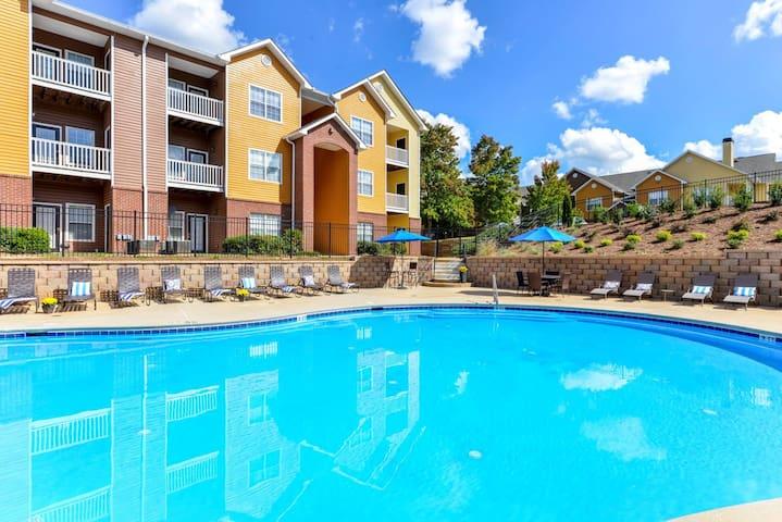 Gem in ATL Suburbs w/ Beautiful Sun-Soaked Pool