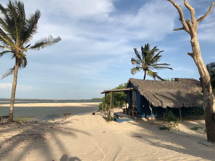 A Pesqueira-bangalô de frente pro mar